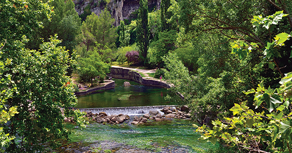 Fontaine-de-Vaucluse: Where the Waters Speak of Love